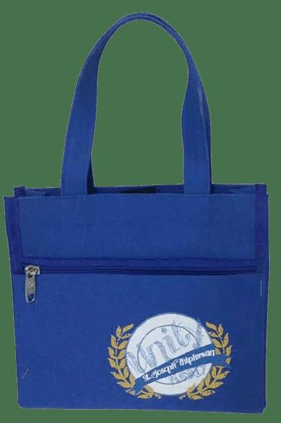 ผลิตกระเป๋าผ้า 600D สีน้ำเงิน พร้อมสกรีน โลโก้